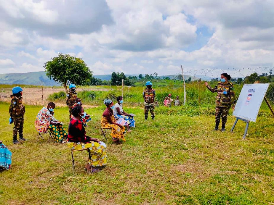 Bangladeshi female peacekeepers organized an awareness session on COVID-19 for women in Bunia